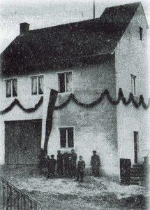 Feuerwehrgerätehaus bei der Einweihung 1958